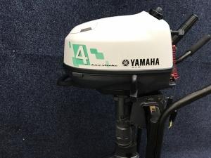 Yamaha F4 kortstaart