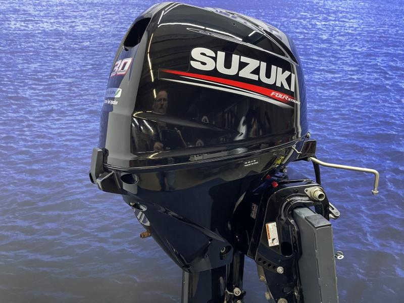 Suzuki 30 powertrim langstaart elektrische start