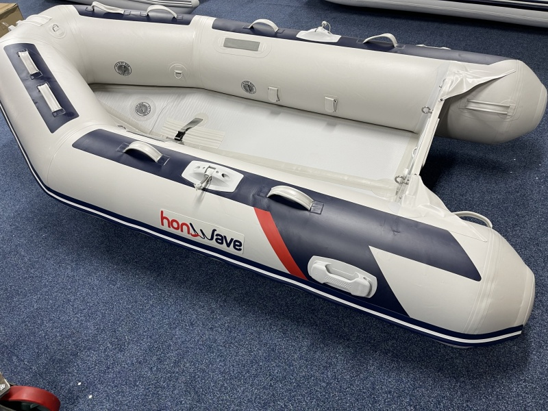 Honda Marine Airdeck V Bodem T32-IE3