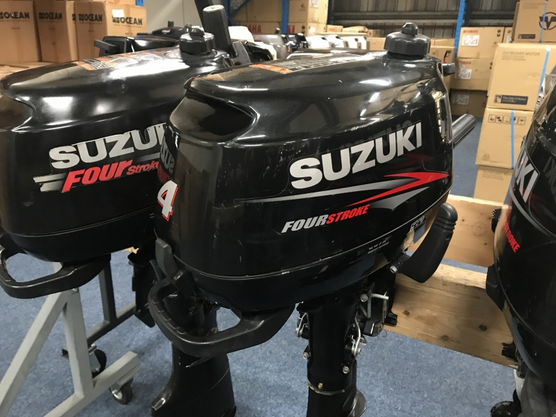Suzuki 4 pk kort