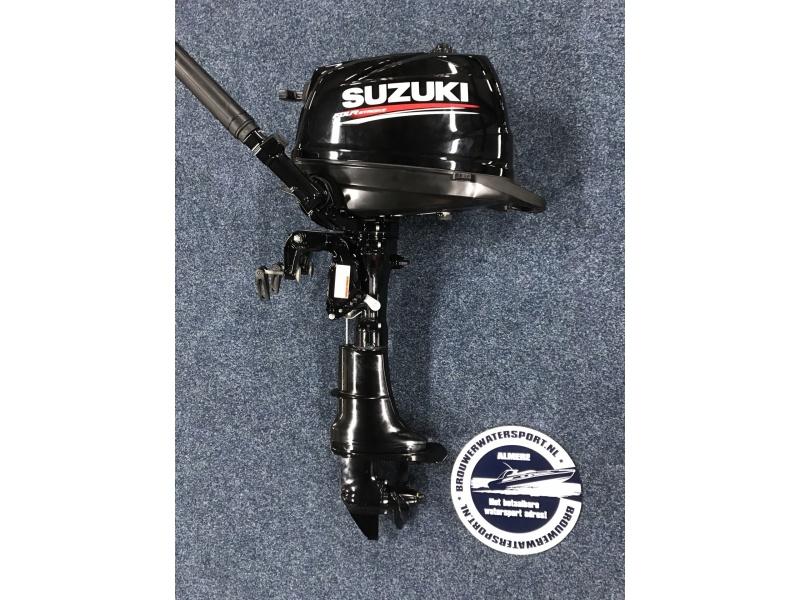 Suzuki Buitenboordmotor DF6 TIJDELIJK UITVERKOCHT!!