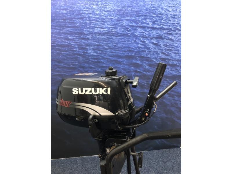 Suzuki DF4 langstaart