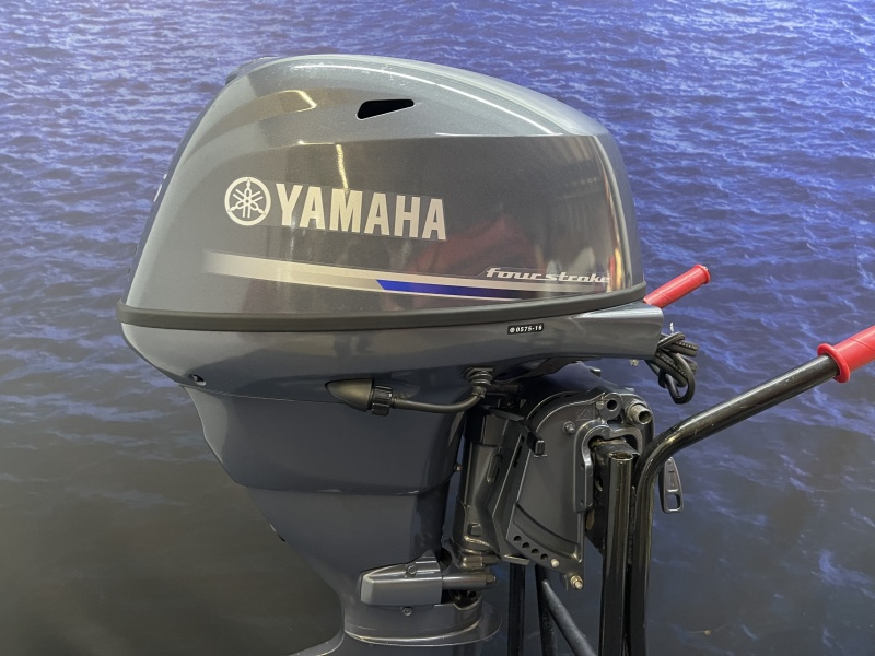 Yamaha 25 pk buitenboordmotor F25DES