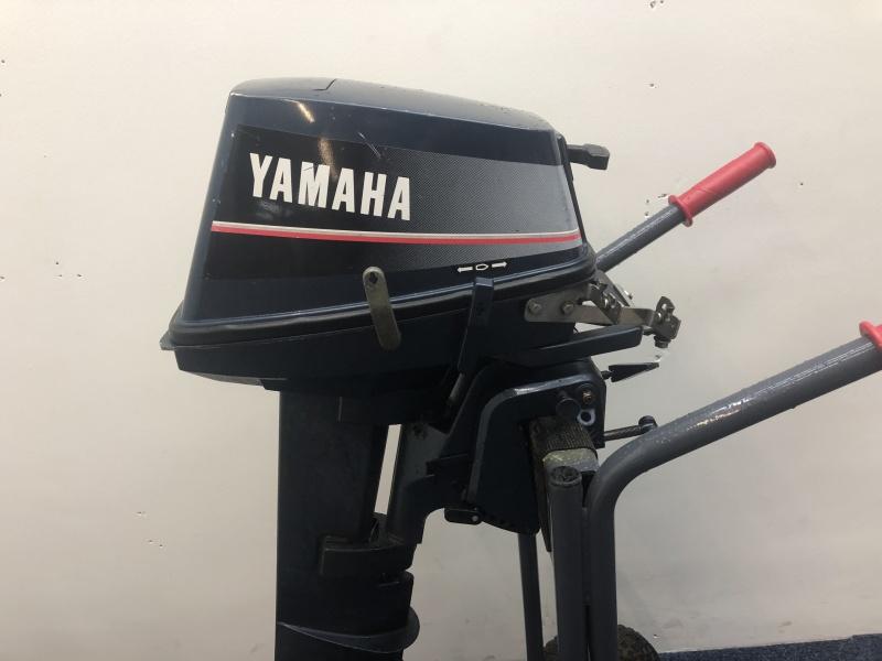 Yamaha buitenboordmotor 6 pk 2 takt 2 cilinder afstand bediend