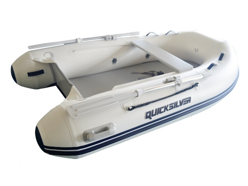 Quicksilver Airdeck 320 + Mercury F6 MH