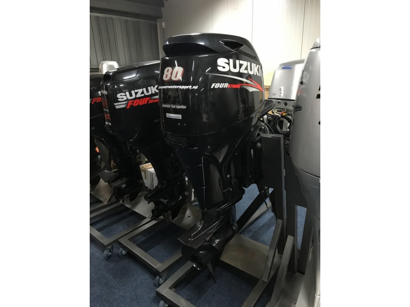 Suzuki 80 pk