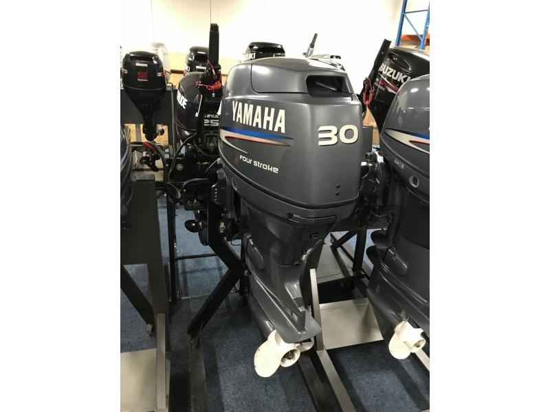 Yamaha F30 kortstaart